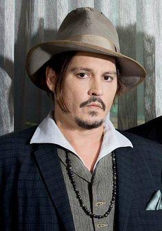 Her şeyin bedeli var!!!!ASLA UNİVERSİTE İLE İLİŞKİSİ OLMAYACAK!!!!! Johnny Depp
