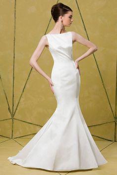 Gown by Badgley Mischka Bride
