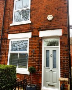 Painswick Green Victorian Style Solidor & Mock Sash Windows - The Window Company Victorian Windows, Victorian Front Doors, Victorian Terrace House, Victorian Homes, Sash Windows, House Windows, Windows And Doors, Grey Windows, Cottage Windows