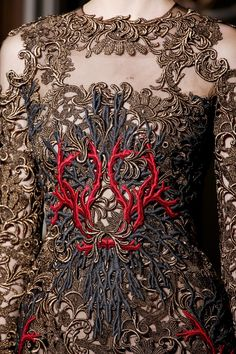 GIO's FASHION MAG: CLOSE Up: Texture from VALENTINO AUTUMN/WINTER 2013-14 COUTURE