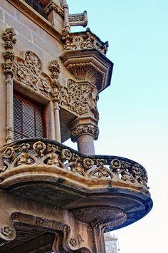Facade detail, Casa Navàs, in the Plaça del Mercadal, city of Reus, Catalonia, Spain. Casa Navàs was designed by Catalan architect Lluís Domènech i Montaner.