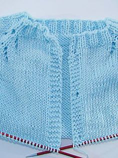 Baby Sweater Knitting Pattern, Baby Hats Knitting, Vest Pattern, Knitting For Kids, Baby Knitting Patterns, Baby Vest, Baby Cardigan, Knitted Baby Clothes, Baby Sweaters