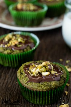 Developed by a registered dietitian, this matcha green tea muffins recipe is loaded with protective antioxidants. A healthy indulgence that is gluten-free! Gluten Free Desserts, Gluten Free Recipes, Dessert Recipes, Quick Recipes, Healthy Desserts, Dessert Ideas, Pasta Recipes, Green Tea Muffin Recipe, Matcha Tea Benefits