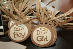 Love these champagne glass tags for a gender reveal party