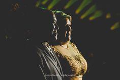 o noivo e a noiva •  • #wedding #details #pinterest #gabrielfreitas #thegabrielfreitas #photography #casamento #riodejaneiro #casamentosdorio #casamentosdoriodejaneiro #bouquet #buquet #flowers #flores #green #white #light #bride #noiva #noivo #mariage #casamentos #casamento #cerimoniadecasamento #amor #romance #casal #love #couple •