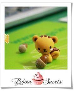 http://www.bijoux-sucres.com/astuces_fimo/tuto-fimo-un-petit-ecureuil-8392