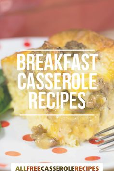Looking for an easy breakfast recipe? These breakfast casserole recipes are sure to hit the spot. Egg casseroles, biscuit casseroles, hashbrown casseroles, and more!