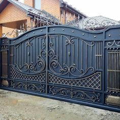New Main Door Design Entrance Grill Ideas Grill Gate Design, House Main Gates Design, Fence Gate Design, Steel Gate Design, Front Gate Design, Main Door Design, Wrought Iron Driveway Gates, Iron Garden Gates, Metal Gates