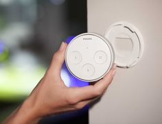 Wouldn't it be nice to control all the lights of your home from one single switch? With Philips Hue Tap, you can.