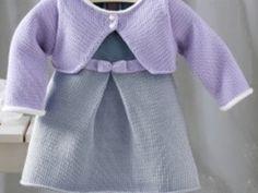 Avez vous un modèle de robe ou de layette en tricot gratuit?  Question /