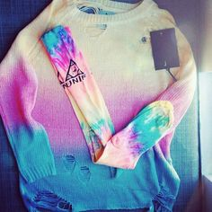 UNIF Tie dye sweater and socks