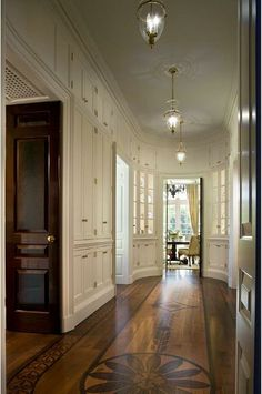 love the painted wood floors the room isnt half bad either. so so beautiful