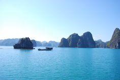 Une vue à couper le souffle, n'est-ce pas...Magnifique baie au Vietnam