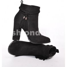 a56b884d441b Dámske čižmy na jar čiernej farby so strapcami - fashionday.eu