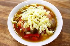 一生食べられるスープに好きなだけチーズをかける