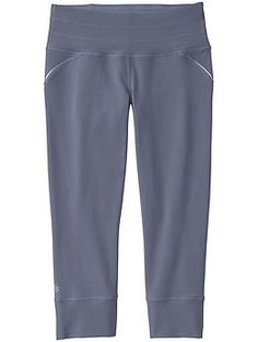Relay Capri - Our most flattering, performance-fitted capri for running and gym training. Asphalt