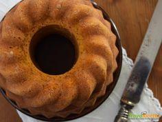 Ciambella di zucca con nocciole e sciroppo d'acero  #ricette #food #recipes