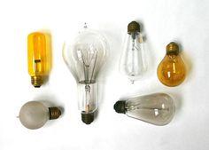 vintage bulbs via @Lloyd Eakes