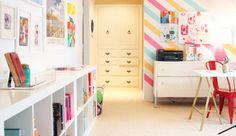 Já parou para pensar como seu quarto pode ficar mais alegre com uma decoração colorida? Pois é!...
