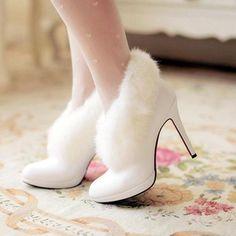 10 Winter Wedding Shoe & Boot Ideas