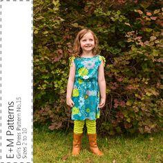 Girl's Dress Pattern No.15  pdf sewing pattern  door empatterns
