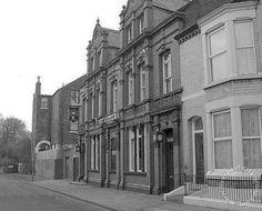 Liverpool, streets, liverpool-streets-l17-bryanston-road-the-belgrave-1967