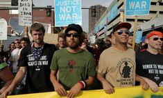 When your at a protest and Rage against the machine shows up #rageagainstthemachine #zackdelarocha #tommorello #bradwilk #timcommerford #90s #rapmetal #metal