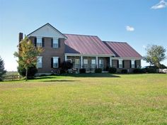 200 Mason Lane | 4 Bedroom | 3 Full Bath | 1 Half Bath Stately Home on Over 1.5 Rolling, Green Acres!