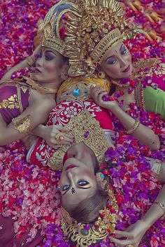 Vibrant colors of Balinese fashion and beauty