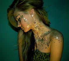 glitter cover me.