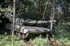 Stridsvagn 122 i eldställning. Under veckorna 35 och 36, 24 augusti - 3 september 2015, genomfördes med stora delar av Sveriges arméförband en samlad övning i området runt Vättern. Övningens huvudsyfte var att öva det nationella försvaret och då främst förmågan för arméförbanden att agera och samverka som en brigad. Foto: Daniel Klintholm/Försvarsmakten