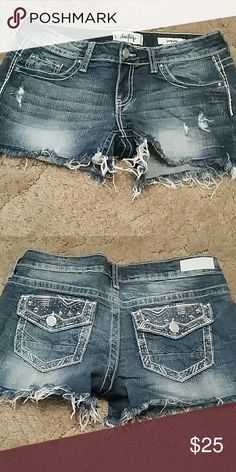 Day trip from buckle shorts I have a pair of day trip bke shorts. Worn maybe three times. Size 29 capricorn Daytrip Shorts Jean Shorts