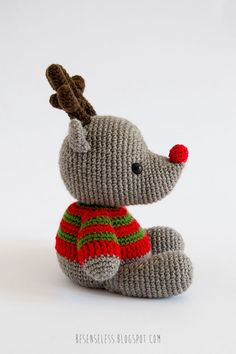 Amigurumi reindeer and bear, patterns in the book Amigurumi Winter Wonderland designed by Ilaria Caliri