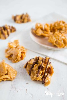 Peanut butter and corn chip no bake cookies only need four ingredients! They are simple yet delicious cookies. I have heard them called Kookie Cookies-also good w Bugles instead of Fritos Easy Cookie Recipes, Sweet Recipes, Snack Recipes, Dessert Recipes, Cooking Recipes, Candy Recipes, Fish Recipes, Peanut Butter Snacks, Peanut Butter No Bake
