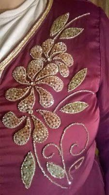 Zardozi Embroidery, Hand Embroidery Dress, Kurti Embroidery Design, Hand Embroidery Videos, Couture Embroidery, Simple Embroidery, Embroidery Fashion, Floral Embroidery, Beaded Embroidery