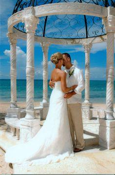 Sandals Whitehouse in Jamaica! For destination weddings