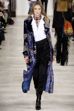 Ralph Lauren, fall 2016 *Ready-to-Wear. - Outfits for Work - Ralph Lauren, fall 2016 *Ready-to-Wear. New York Fashion, Fashion Week, Look Fashion, Runway Fashion, High Fashion, Fashion Show, Autumn Fashion, Womens Fashion, Fashion Design