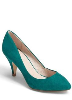 Love this green pump!