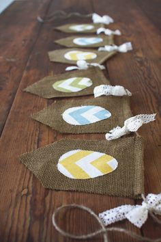 Easter Banner, Chevron Eggs on Burlap - this is kind of cool. I would like to make my own so I can do a different fabric than chevron, I feel like that pattern has run its course already.