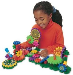 Discount Gizmos 82-piece Set (Gears! Gears! Gears! series) Great deals every day - http://wholesaleoutlettoys.com/discount-gizmos-82-piece-set-gears-gears-gears-series-great-deals-every-day