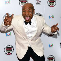 Leben in Saus und Braus: Tyson hat eine halbe Milliarde verprasst! Mike Tyson, Blazer, Hats, Jackets, Fashion, News, Life, Down Jackets, Moda