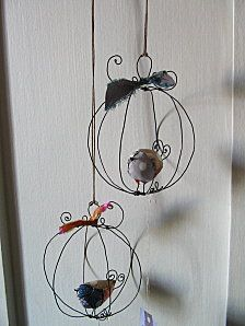 could use either fabric handmade birdies or Christmas dec's - would poss spray wire white
