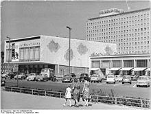 Karl-Marx-Allee-Kino International u.Hotel Berolina 1964