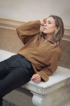 Schmuckstücke die uns noch lange begleiten werden Pullover, Schmuck Design, Stacking Rings, Fascinators, Thoughts, Sweaters, Sweater, Stackable Rings