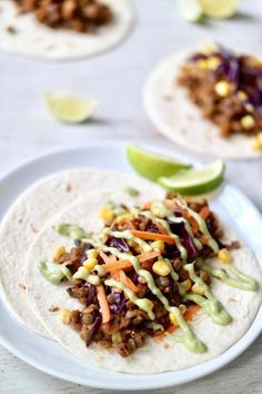 MUSHROOM & LENTIL TACOS » with creamy garlic avocado sauce {vegan, plant-based, gluten free}