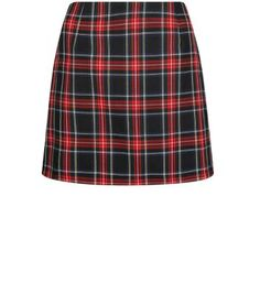 """Complement this tartan check print mini skirt with a black high neck long sleeve top - finish with fringe ankle boots to complement.- All over tartan check print- Zip back fastening- Slim fit- Mini length- Model is 5'8""""/176cm and wears UK 10/EU 38/US 6"""