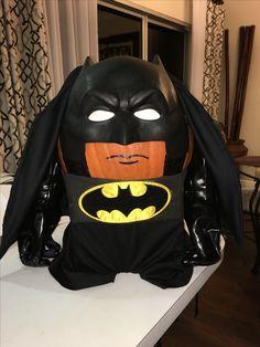 Batman Pumpkin project. School contest. Superhero. Halloween. DIY pumpkin no carve decorations. Batman Halloween, Halloween 2019, Halloween Kids, Halloween Pumpkins, Halloween Crafts, Pumpkin Books, Pumpkin Art, Pumpkin Crafts, Batman Pumpkin