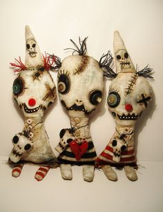 Comical, cute and creepy / Junker Jane Art Dolls and Soft Sculptures #Halloween #dolls #JunkerJane
