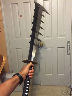 Does this count as a sword? Zombie Apocalypse Weapons, Ninja Weapons, Weapons Guns, Fantasy Sword, Fantasy Weapons, Fantasy Armor, Armor Concept, Weapon Concept Art, Anime Sword