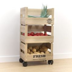 17 Excellent Kitchen Storage Ideas Made With Recycling Old Crates arbeitsplatte 17 Excellent Kitchen Storage Ideas Made With Recycling Old Crates Furniture Projects, Kitchen Furniture, Cool Furniture, Diy Projects, Furniture Stores, Furniture Covers, Furniture Online, Furniture Outlet, Office Furniture